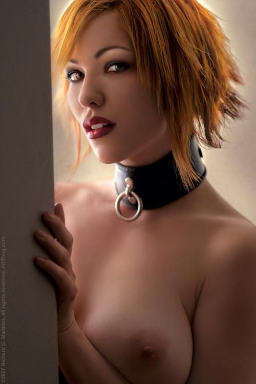 sexy-fetisch-luder-nackt-auf-einem-geilen-bild